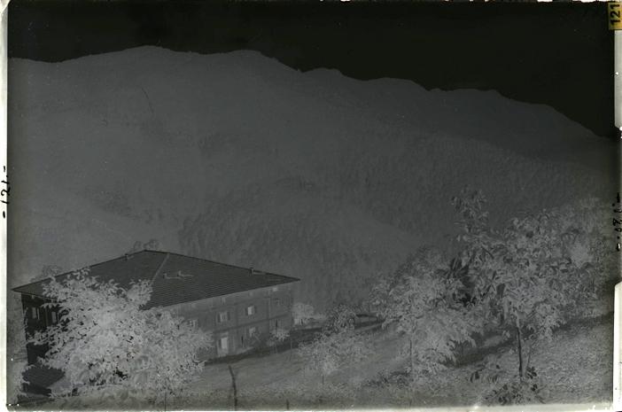 """Negativo su vetro ZAN121: """"Il crinale dell'Appennino di Campigna, dal palazzo forestale di Campigna"""""""